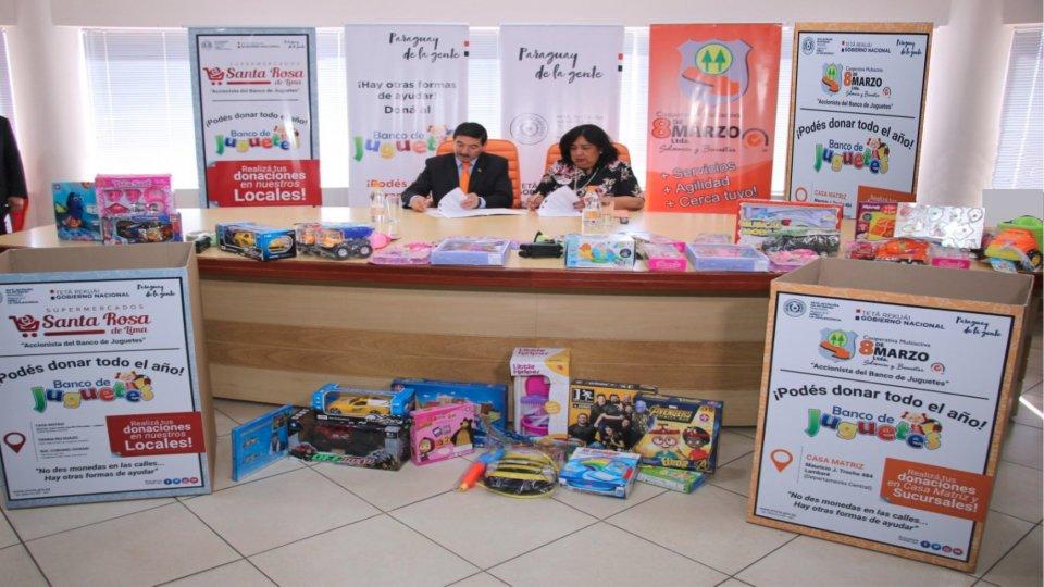Firma de convenio con el Ministerio de la niñez y adolescencia.