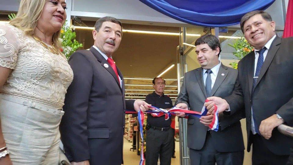 Inauguración del majestuoso Supermercado Santa Rosa de Lima