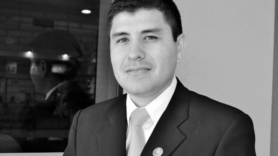Ing. Com. Edder Darío Cáceres Giménez